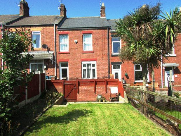 3 Bedrooms Terraced House for sale in LAURA STREET, SEAHAM, SEAHAM DISTRICT