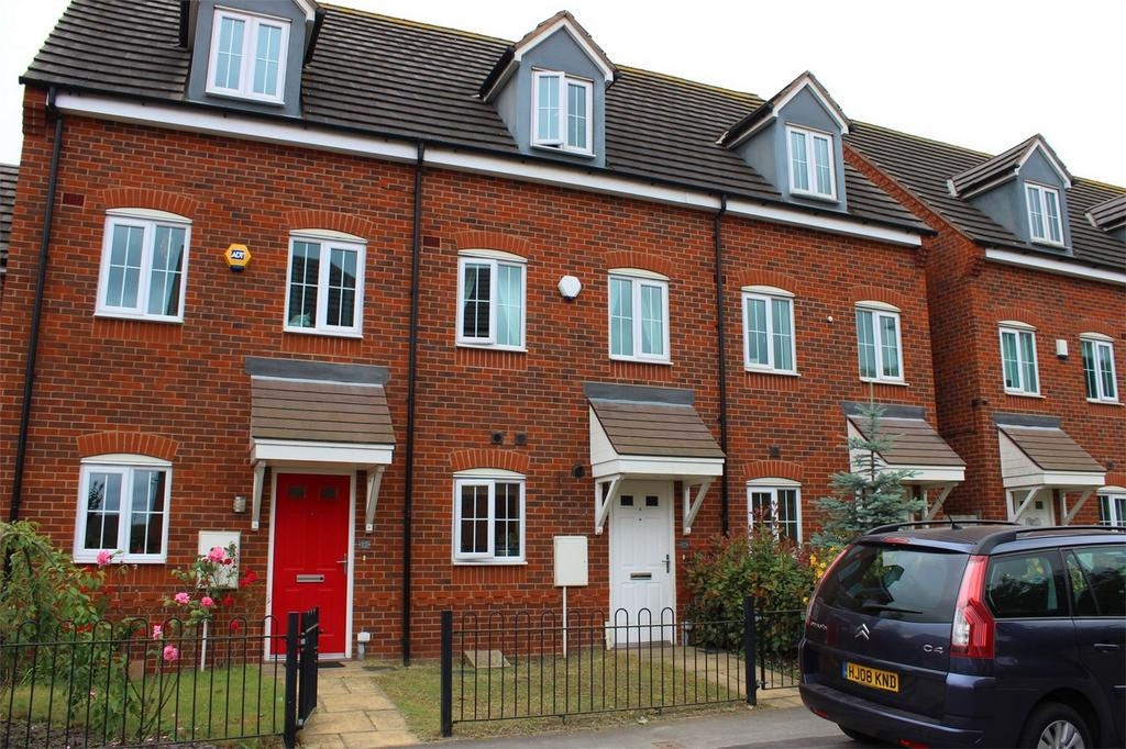 3 Bedrooms Town House for sale in 10 Bryan Budd Close, ROWLEY REGIS, West Midlands