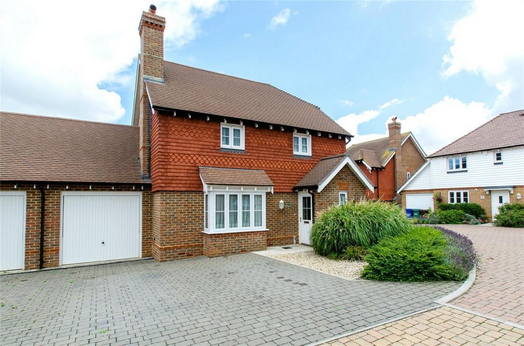 4 Bedrooms Detached House for sale in School Lane, Lower Halstow, Kent