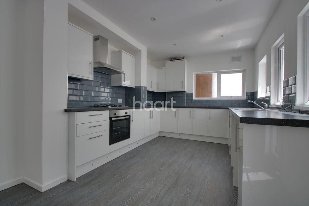 3 Bedrooms Terraced House for sale in Ryder Road, Stoke
