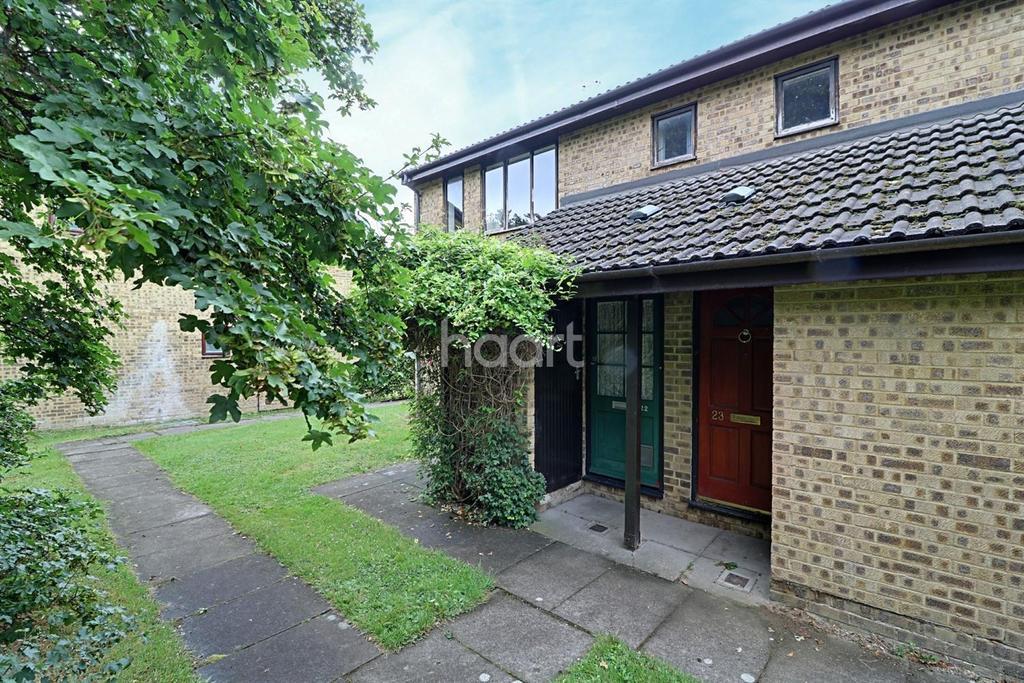 1 Bedroom Flat for sale in Applewood Court, Swindon, Wiltshire