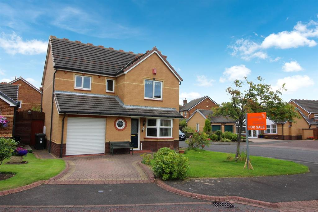 4 Bedrooms Detached House for sale in Clousden Grange, Newcastle Upon Tyne