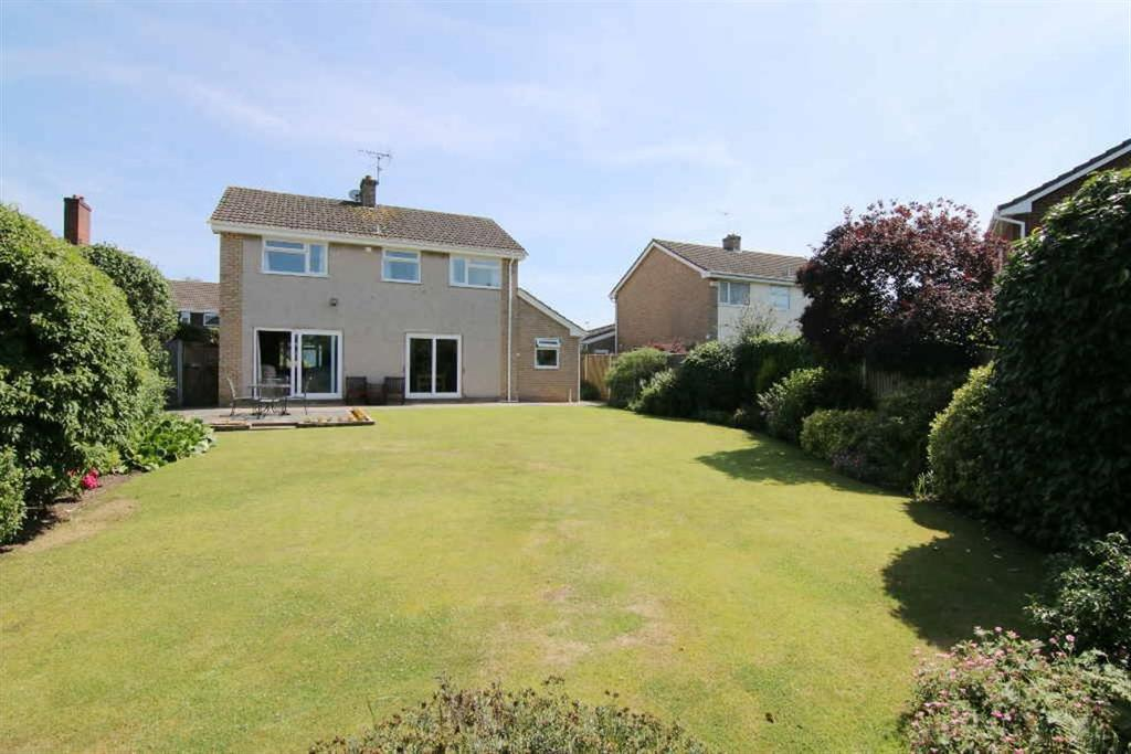 4 Bedrooms Detached House for sale in Hurstwood, Waverton