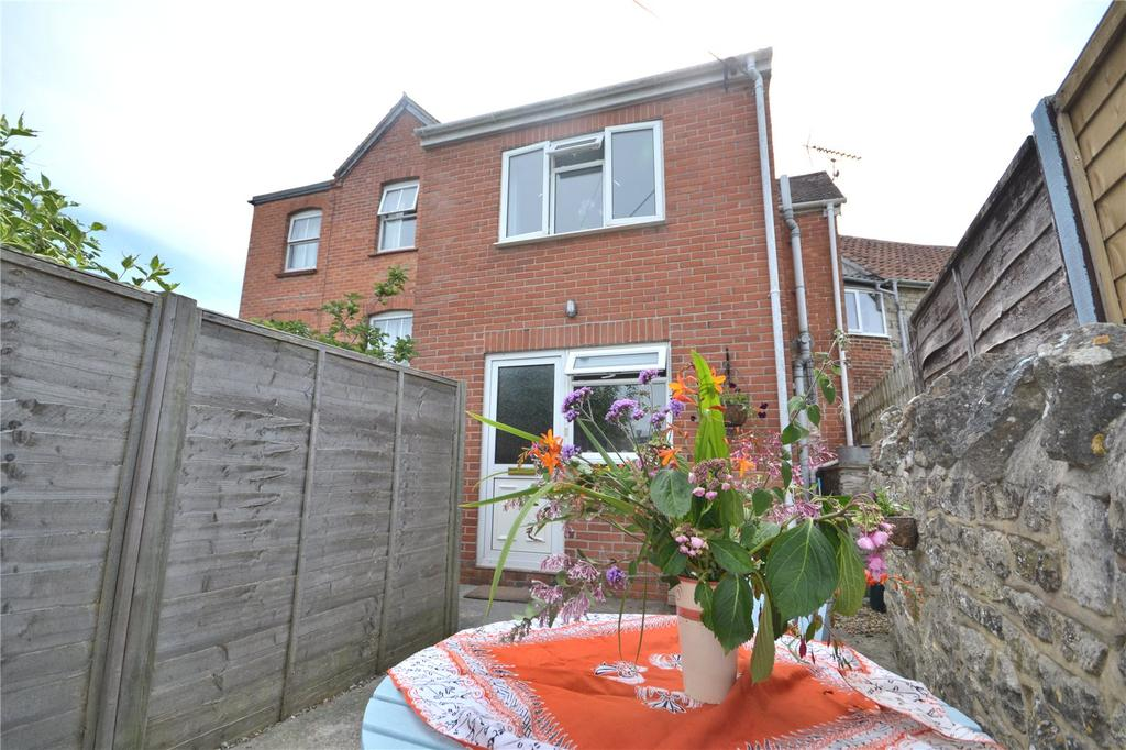 2 Bedrooms Semi Detached House for sale in Steep Street, Mere, Warminster, Wiltshire, BA12