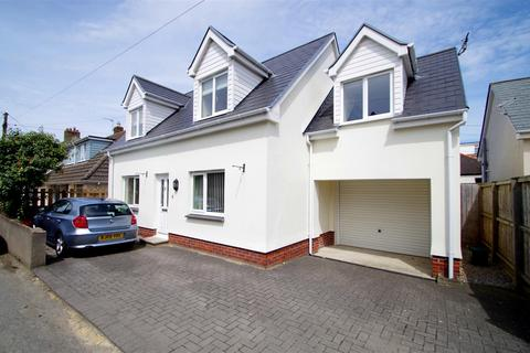 3 bedroom detached house for sale - Wellclose Road, Braunton