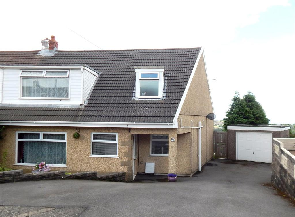 4 Bedrooms Semi Detached House for sale in Llewellyn Park Drive, Morriston, Swansea