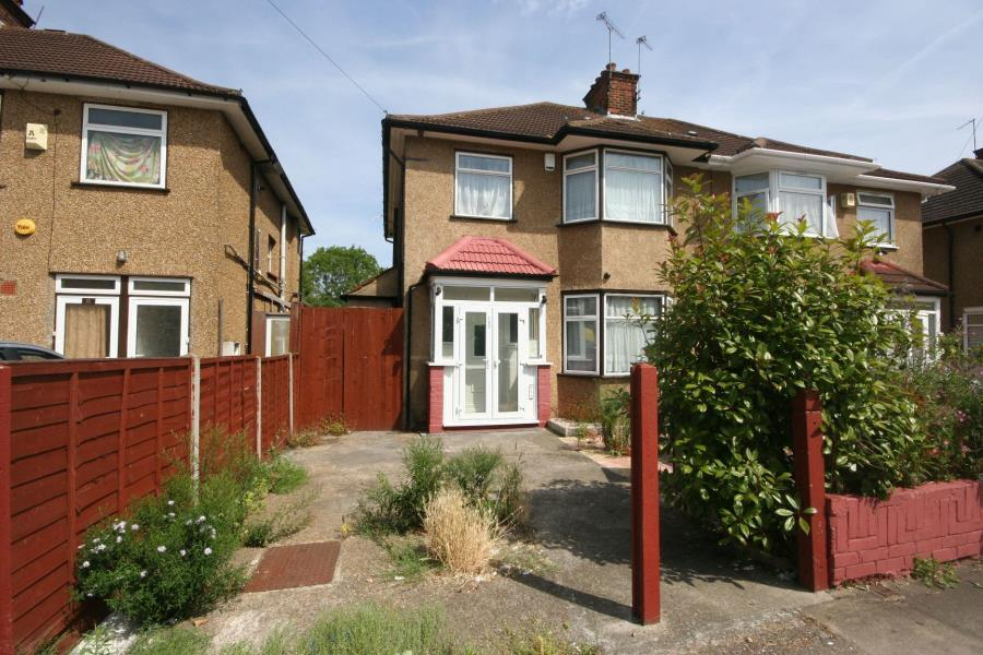 3 Bedrooms Semi Detached House for sale in Sudbury Avenue, North Wembley HA0 3AW