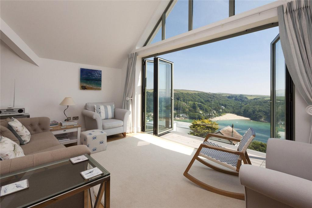 3 Bedrooms Apartment Flat for sale in Clearwater, Devon Road, Salcombe, TQ8