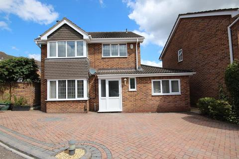 4 bedroom detached house for sale - Linnet Road, Creekmoor, Poole