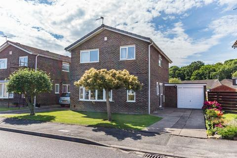 4 bedroom detached house for sale - Grassholme, Woodthorpe, YORK