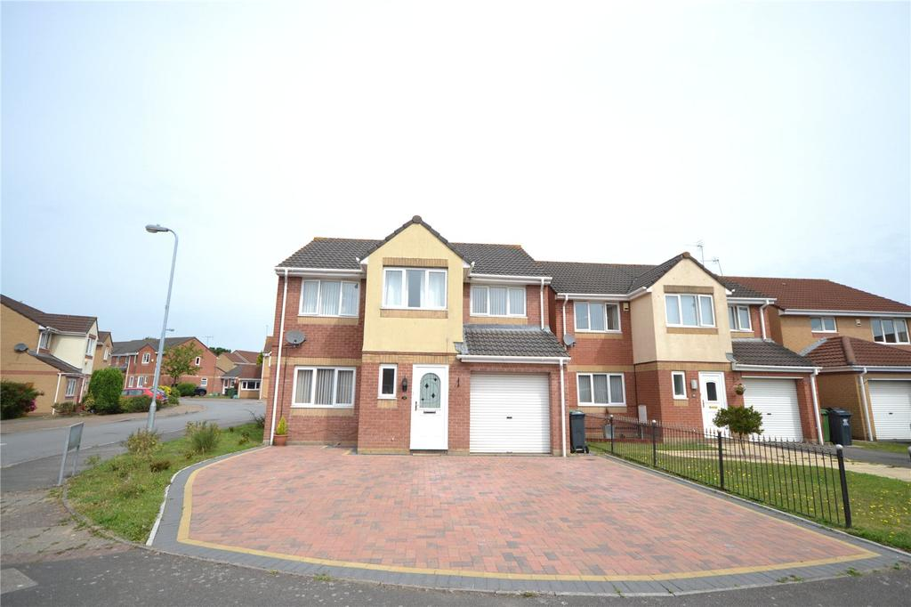4 Bedrooms House for sale in Harrison Drive, St. Mellons, Cardiff, CF3