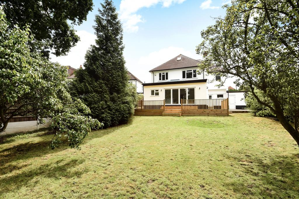 5 Bedrooms Detached House for sale in Sefton Road Petts Wood BR5