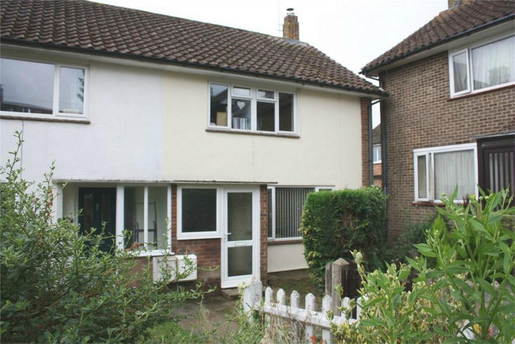 3 Bedrooms Semi Detached House for sale in Coronation Gardens, BATTLE, East Sussex