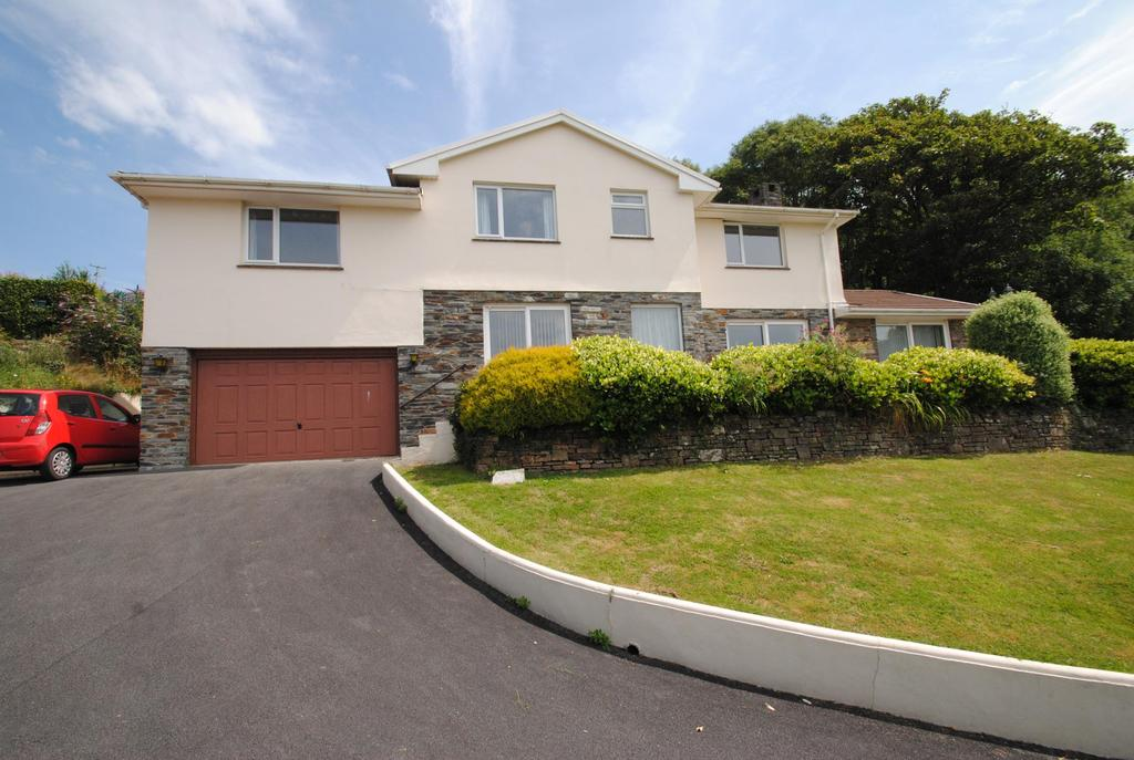 4 Bedrooms Detached House for sale in Willowfield, Braunton