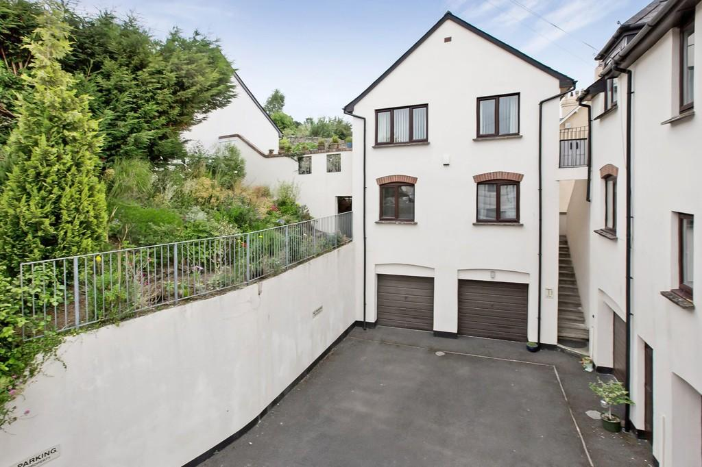 2 Bedrooms Link Detached House for sale in East Street, Bovey Tracey, Newton Abbot