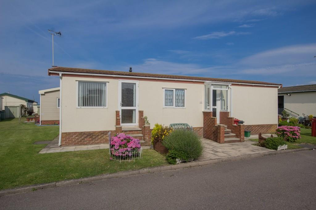 2 Bedrooms Chalet House for sale in 291 West Shore Park, Walney