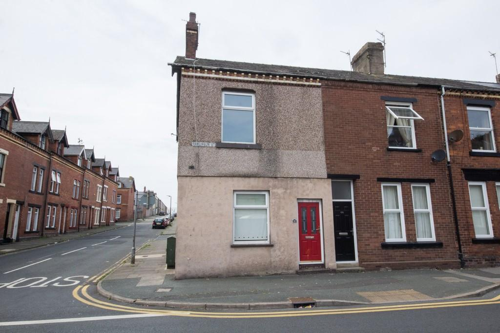 4 Bedrooms Terraced House for sale in 42 Rawlinson Street, Barrow