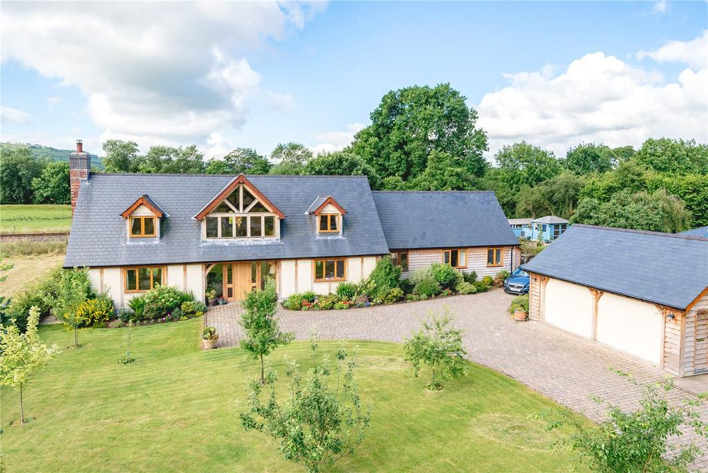 4 Bedrooms Detached House for sale in Carno Road, Caersws, Powys