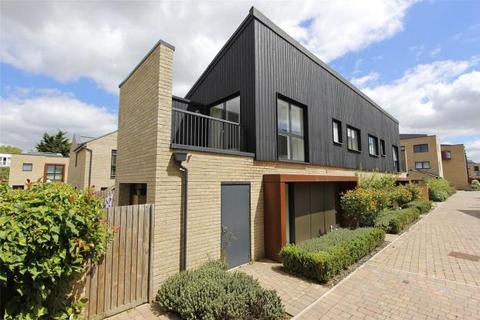 2 bedroom terraced house for sale - Barn Road, Trumpington, Cambridge