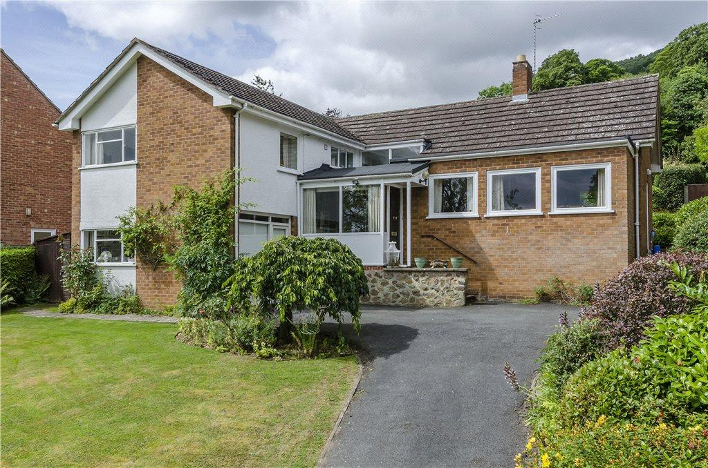 3 Bedrooms Detached House for sale in College Grove, Malvern, Worcestershire, WR14