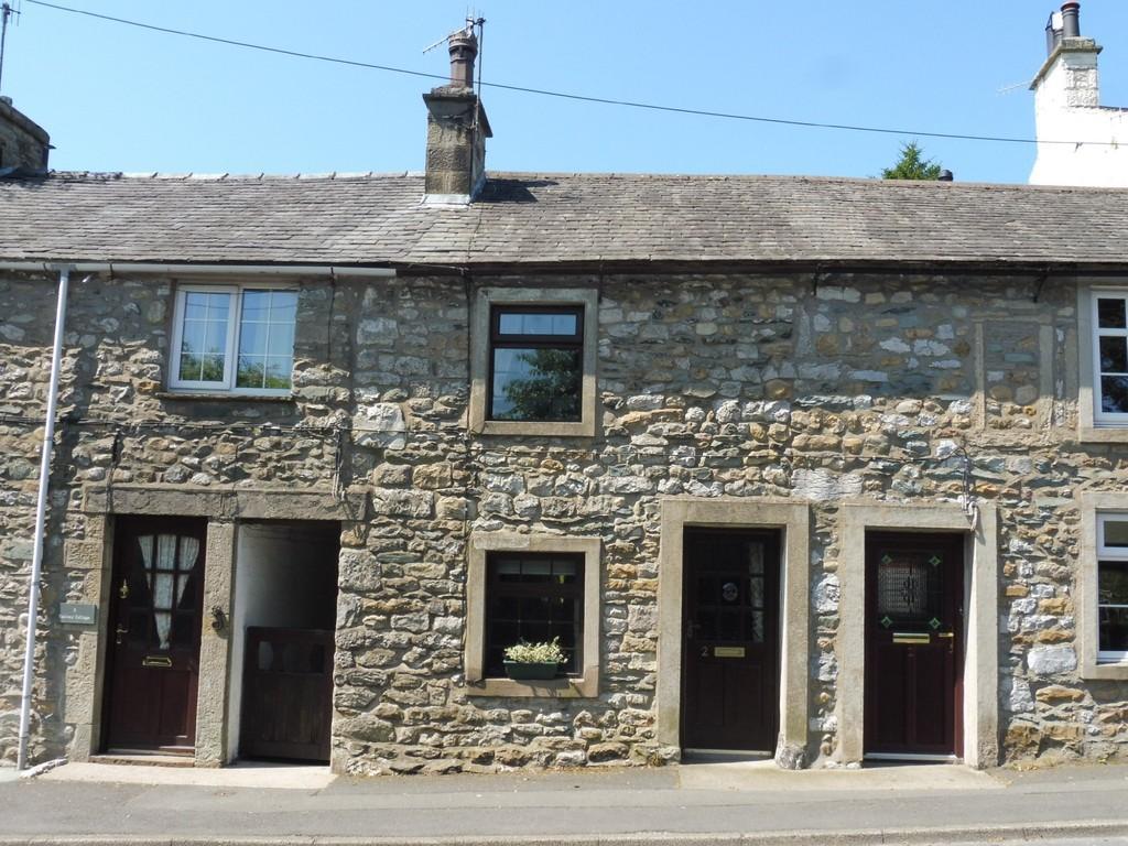 1 Bedroom Cottage House for sale in 2 Railway Cottages, Back Gate, Ingleton