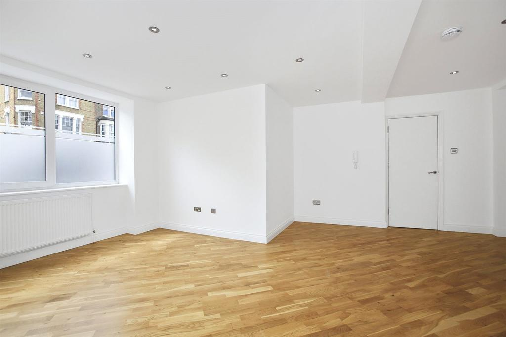 3 Bedrooms Flat for sale in Woolwich Road, Greenwich, London, SE10