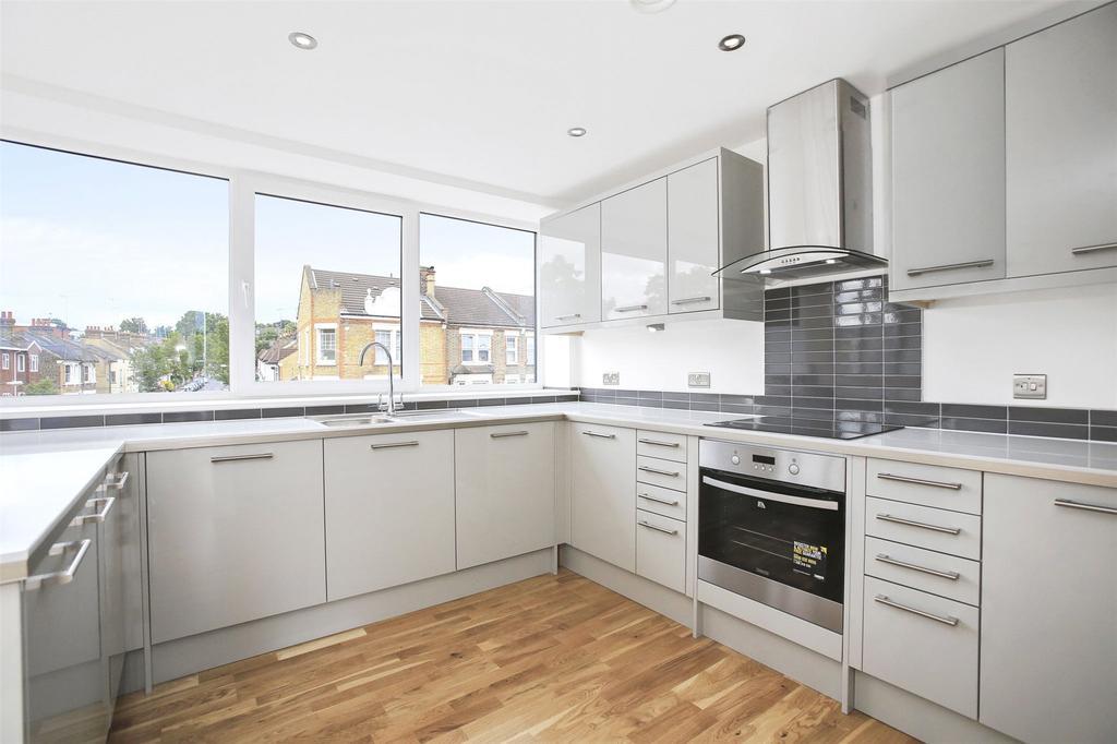 2 Bedrooms Flat for sale in Woolwich Road, Greenwich, London, SE10