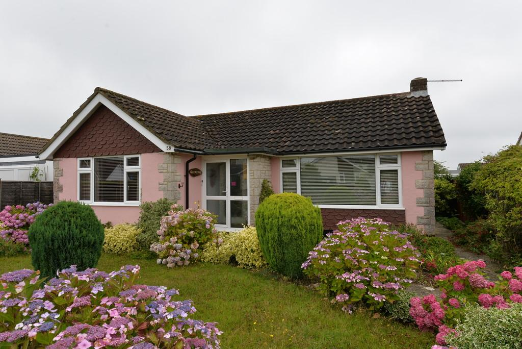 2 Bedrooms Detached Bungalow for sale in Highfield Road, Pennington