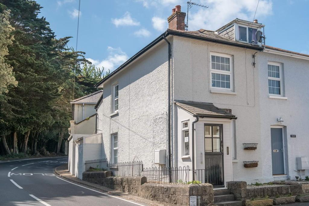2 Bedrooms Semi Detached House for sale in Bembridge, Isle Of Wight