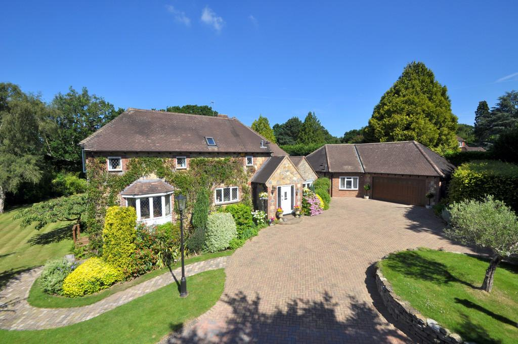 6 Bedrooms Detached House for sale in Pulborough, West Sussex
