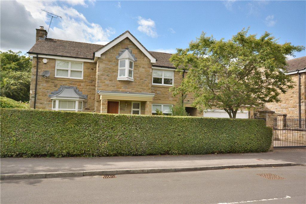 5 Bedrooms Detached House for sale in Wigton Green, Alwoodley, Leeds, West Yorkshire