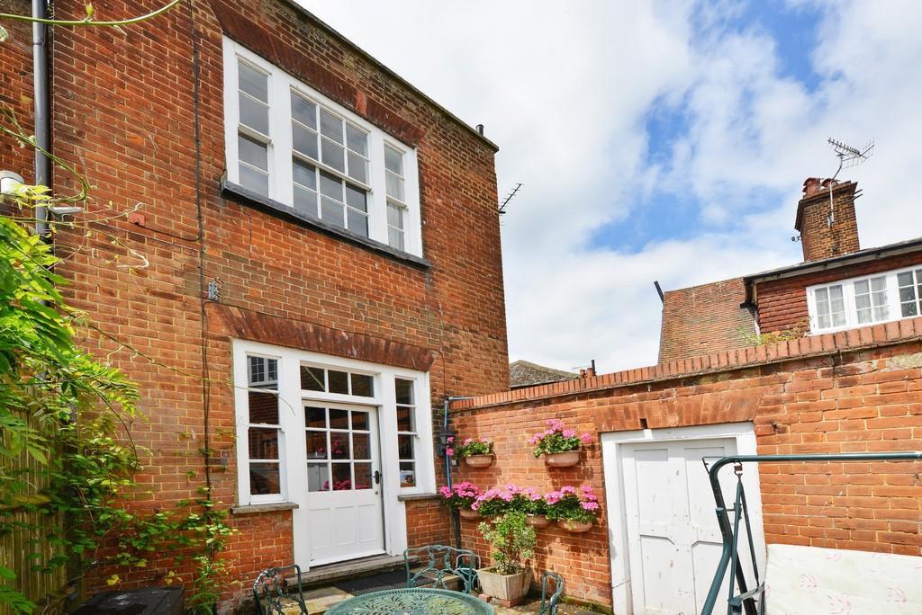 2 Bedrooms Terraced House for sale in Ockman Lane, East Street, Rye, East Sussex, TN31 7JY