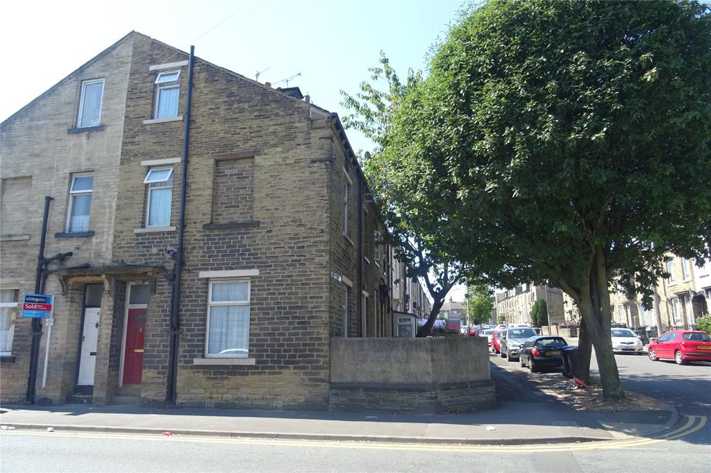 4 Bedrooms Terraced House for sale in Cross Lane, Bradford, West Yorkshire, BD7