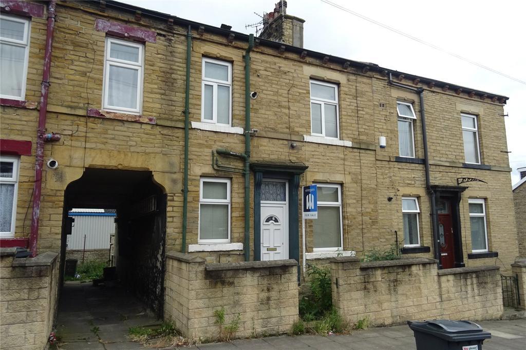 2 Bedrooms Terraced House for sale in Webster Street, Bradford, West Yorkshire, BD3