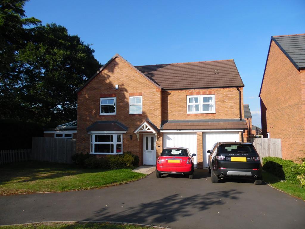 5 Bedrooms Detached House for sale in Oakley Meadow, Wem