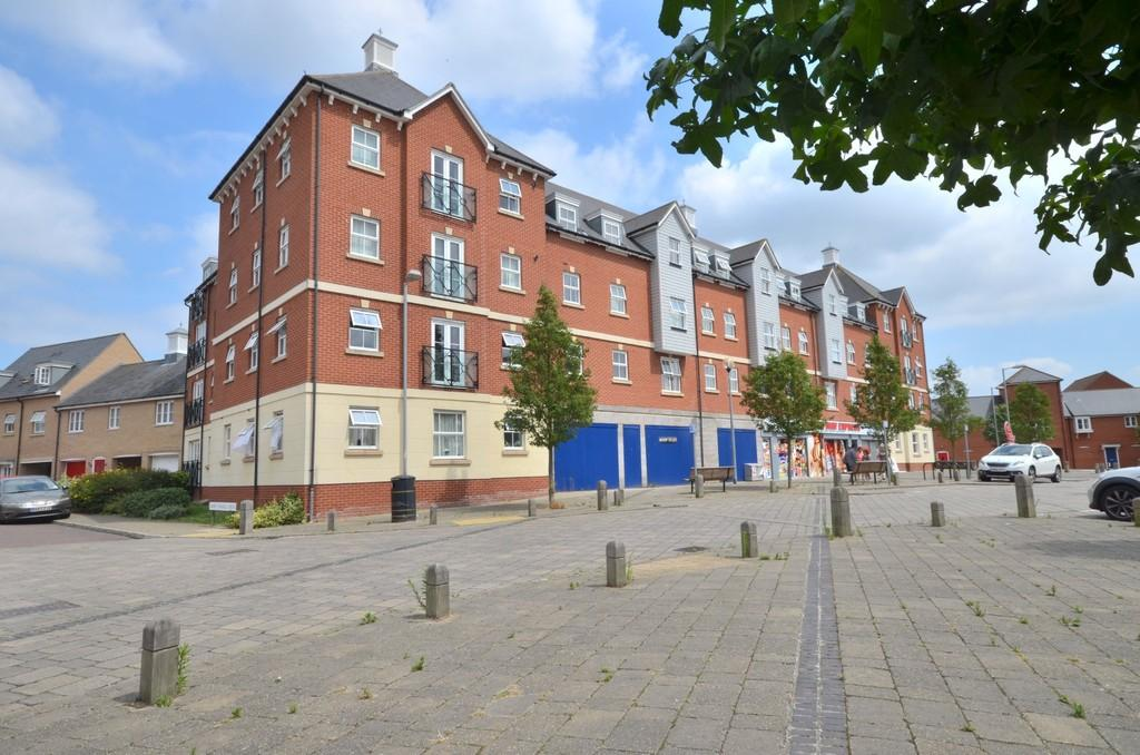 2 Bedrooms Apartment Flat for sale in John Mace Road, Colchester, CO2 8WW