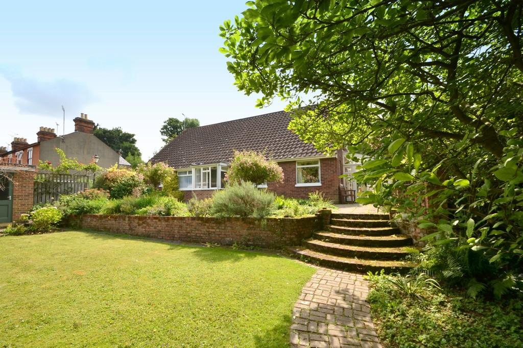 4 Bedrooms Chalet House for sale in Finchley Road, Ipswich, Suffolk, IP4 2HU