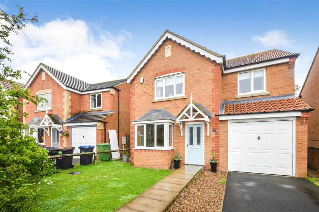 4 Bedrooms Detached House for sale in Chestnut Way, Seaham, Co. Durham, SR7