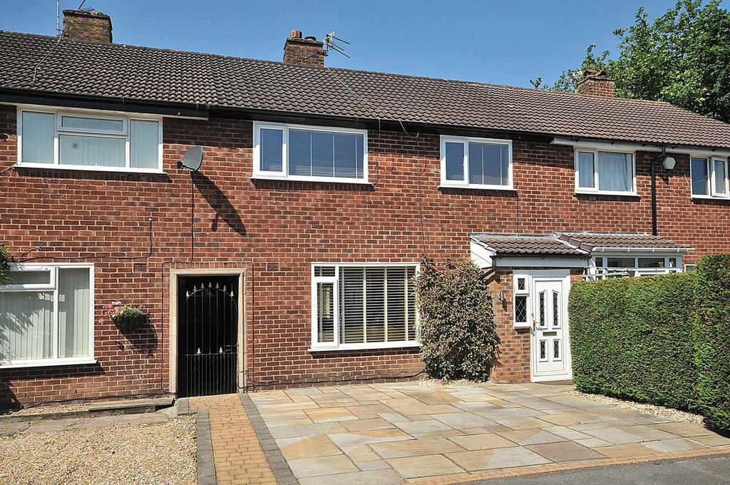 3 Bedrooms Terraced House for sale in Hampson Crescent, Handforth