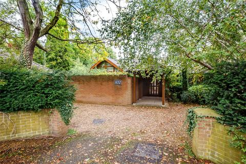 4 bedroom detached bungalow to rent - Grange Road, Cambridge, CB3