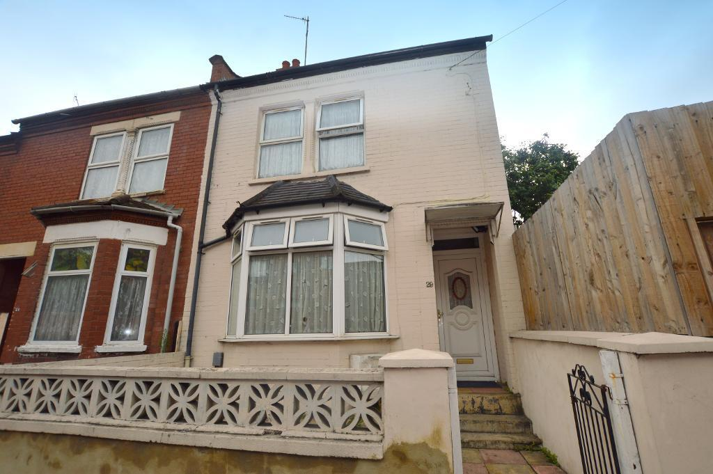 3 Bedrooms End Of Terrace House for sale in Waldeck Road, Luton, LU1 1HG