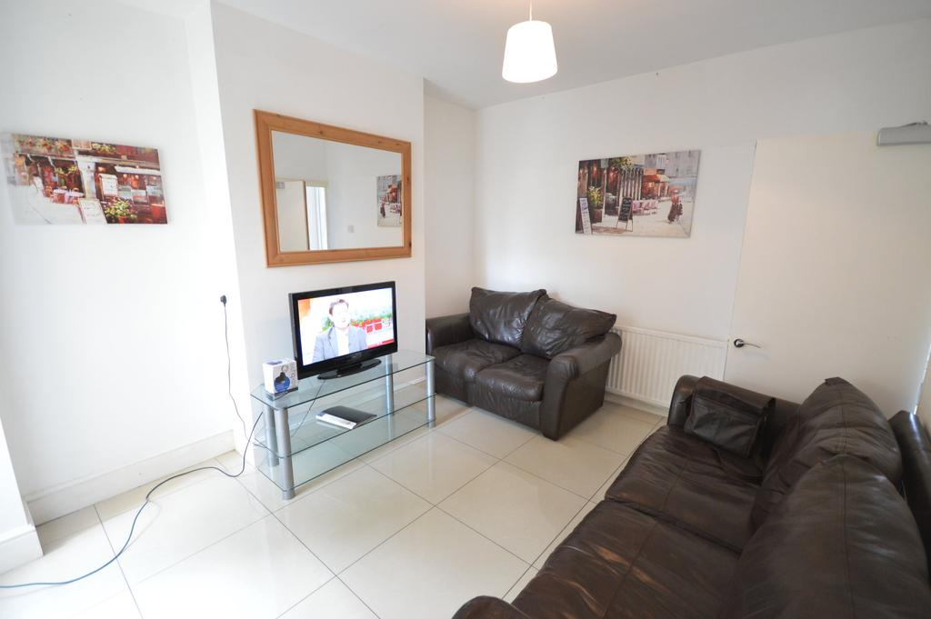 4 Bedrooms House for rent in Cottrell Road, , Roath