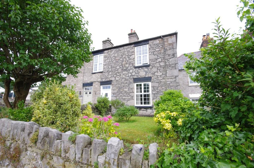 3 Bedrooms Terraced House for sale in High Street, Trelawnyd