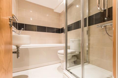 2 bedroom apartment to rent queens road weybridge