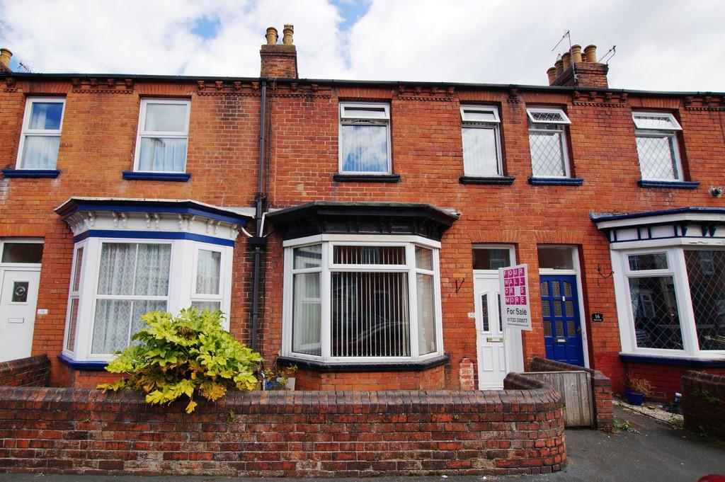 3 Bedrooms Terraced House for sale in Milton Avenue, Scarborough