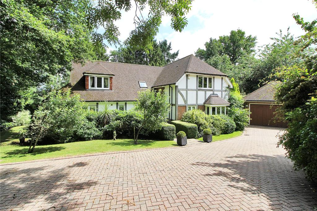 5 Bedrooms Detached House for sale in Green Lane, Crowborough, East Sussex, TN6