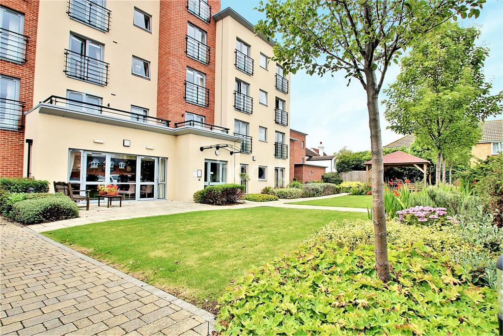 2 Bedrooms Flat for sale in Kingsman Court Show Home