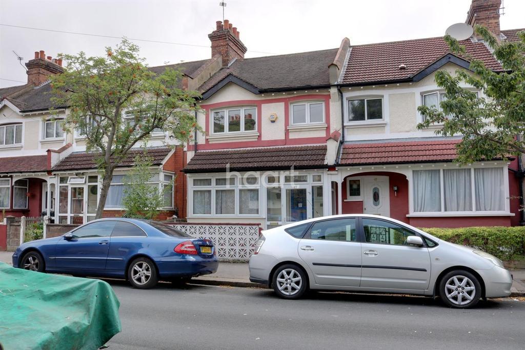 3 Bedrooms Terraced House for sale in Torridge Road, Thornton Heath, CR7