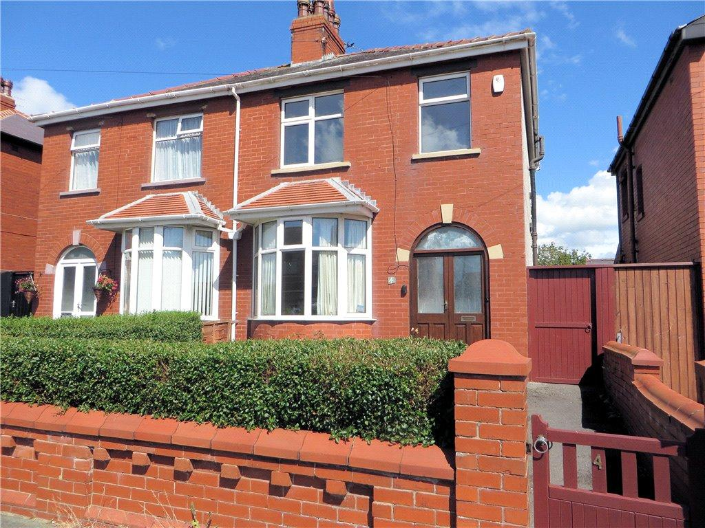 3 Bedrooms Semi Detached House for sale in Toronto Ave, Bispham, Blackpool