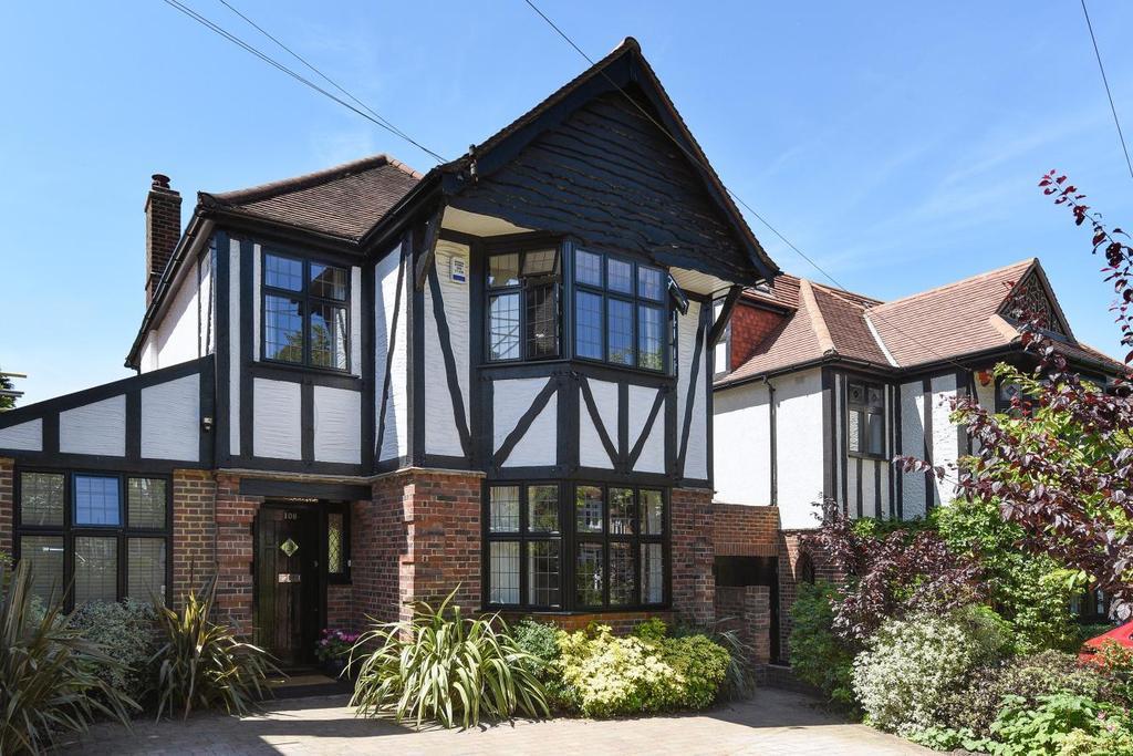 3 Bedrooms Detached House for sale in Copse Avenue, West Wickham, BR4